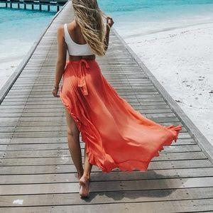 Dresses & Skirts - NWT Woman's Ruffle back Maxi Skirt